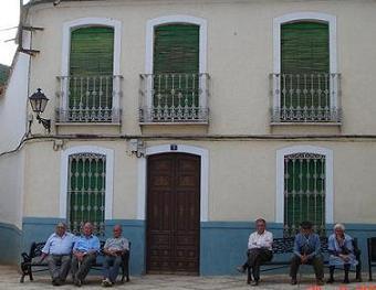 Decenas de problemas del mundo español, y una refexión sobre el ser humano.